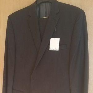 Calvin Klein Men's 100% Wool 2-Piece Suit NEW